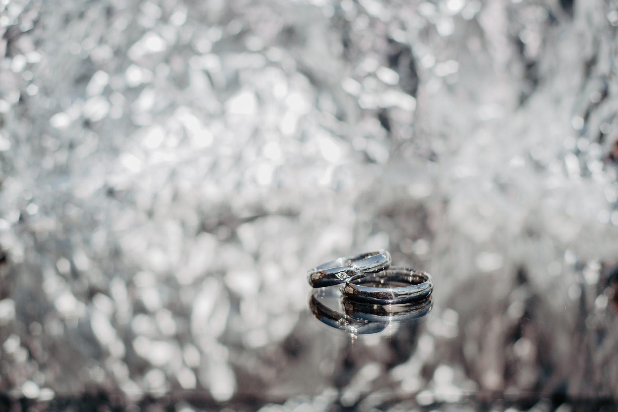 Trouwenringen bruidspaar