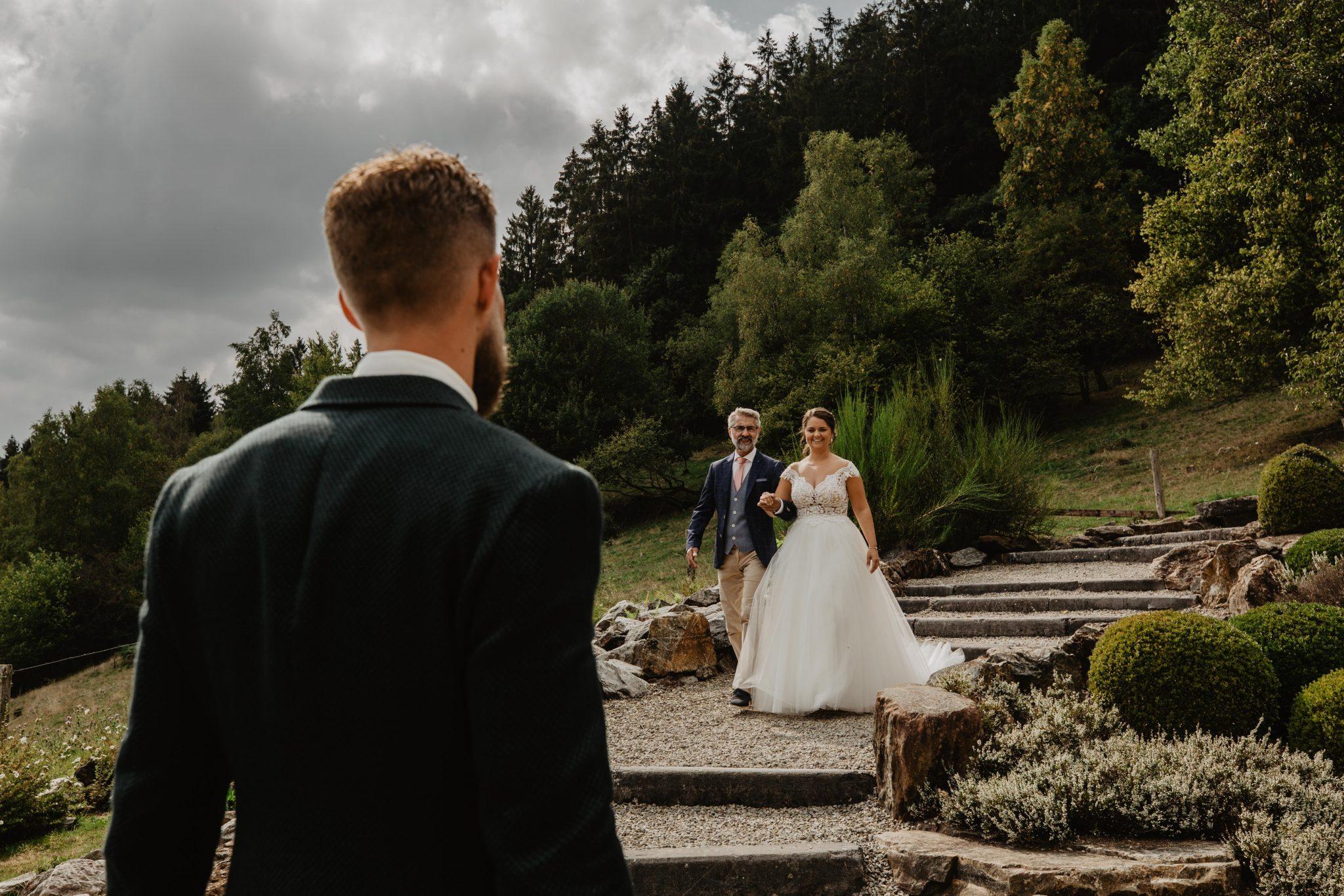 First look Trouwen Ardennen Bruidsfotografie