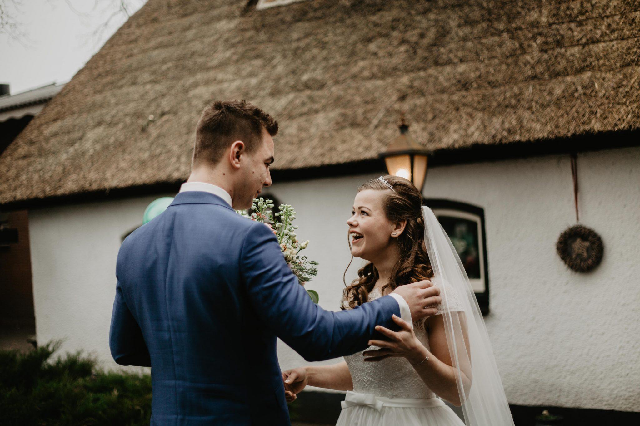 First look bruidspaar bruiloft bruidsfotograaf