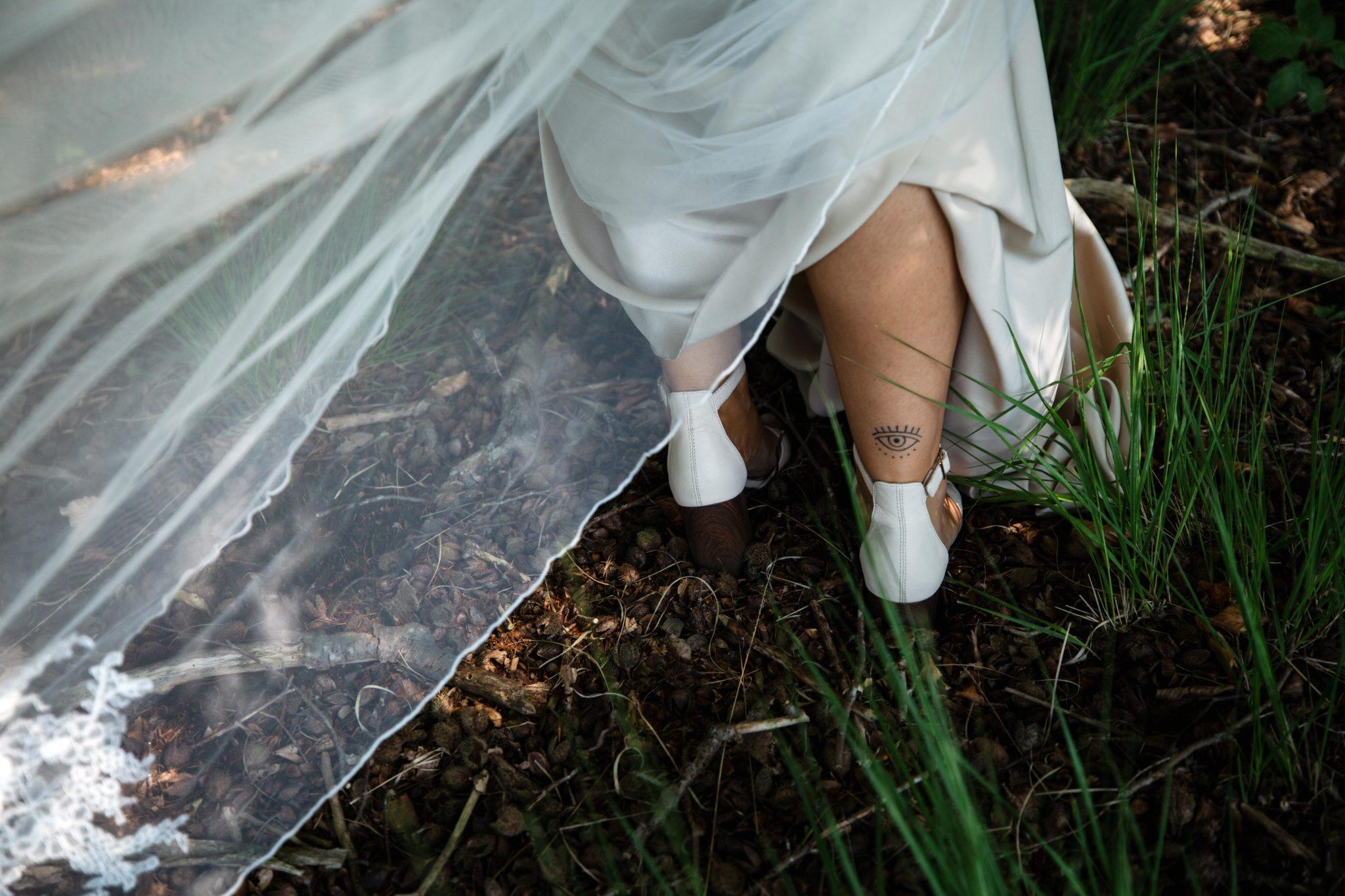 Bruid tattoo bruidsfotografie