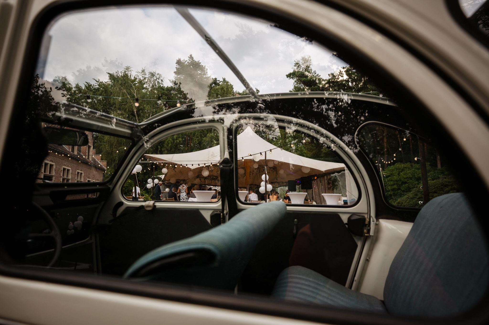 Bruiloft in de achtertuin