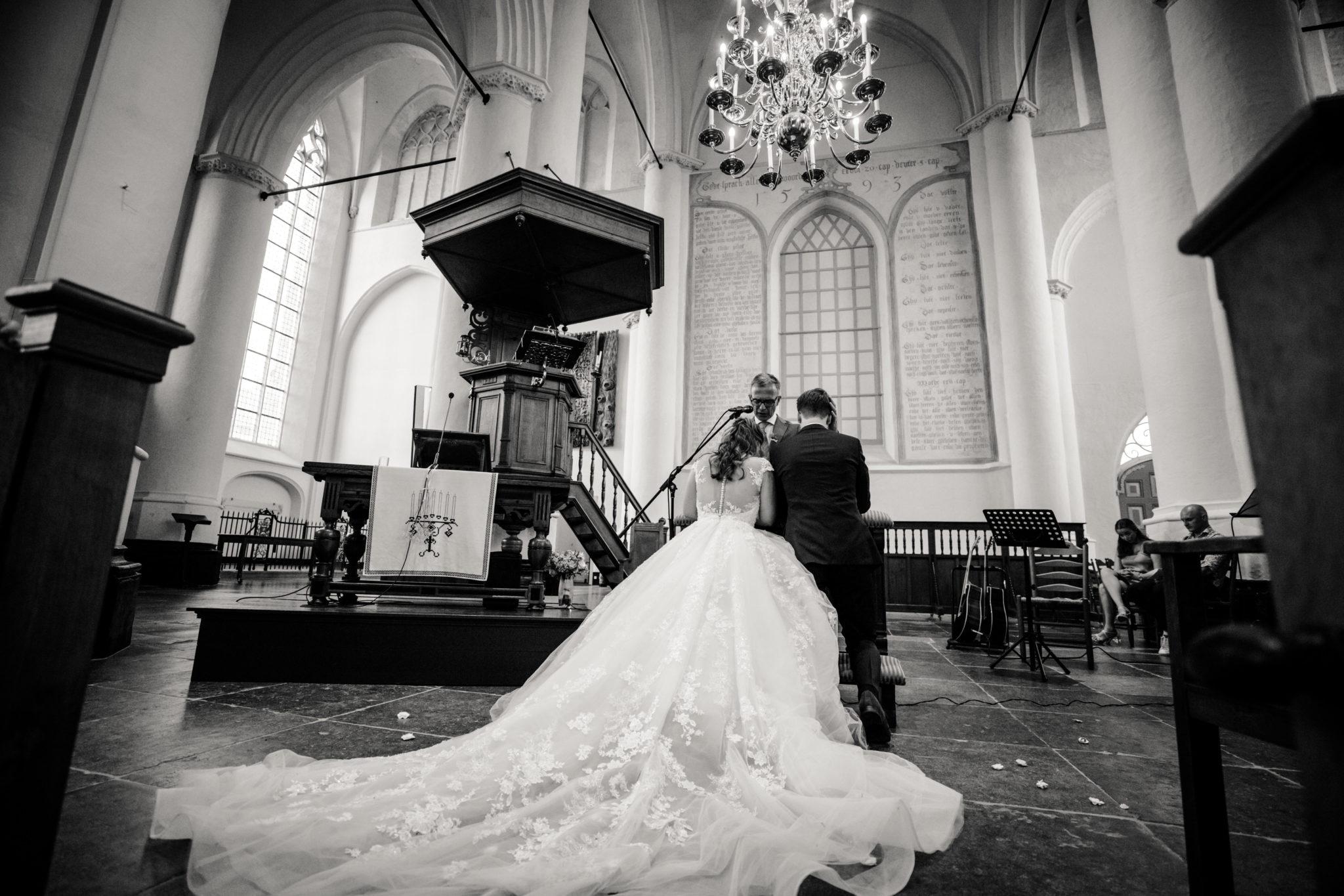 Kerkelijke inzegening bruidspaar