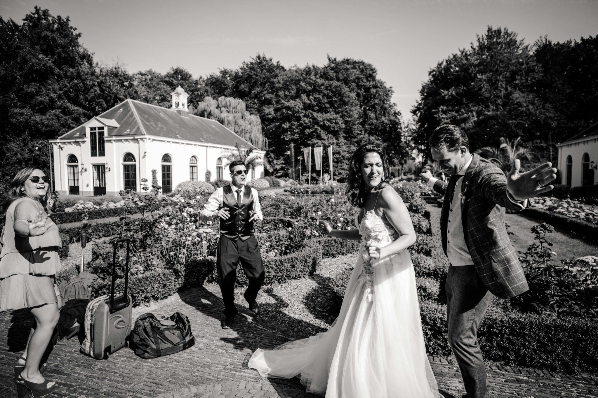 Fun friends bruiloft Kasteel Vanenburg