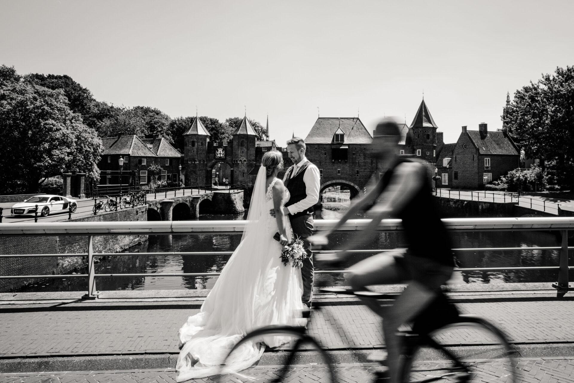 Bruidspaar Fotoshoot Koppelpoort Amersfoort