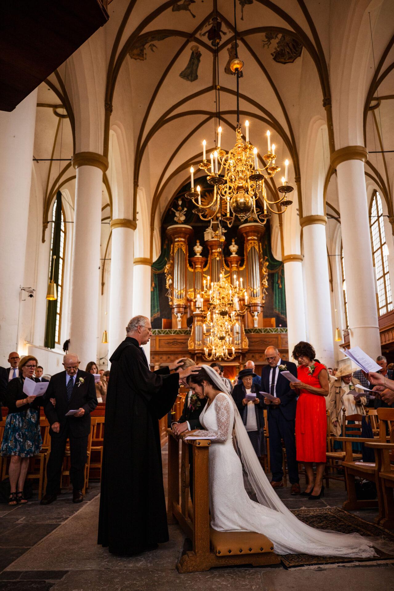 Trouwen in de kerk van Elburg