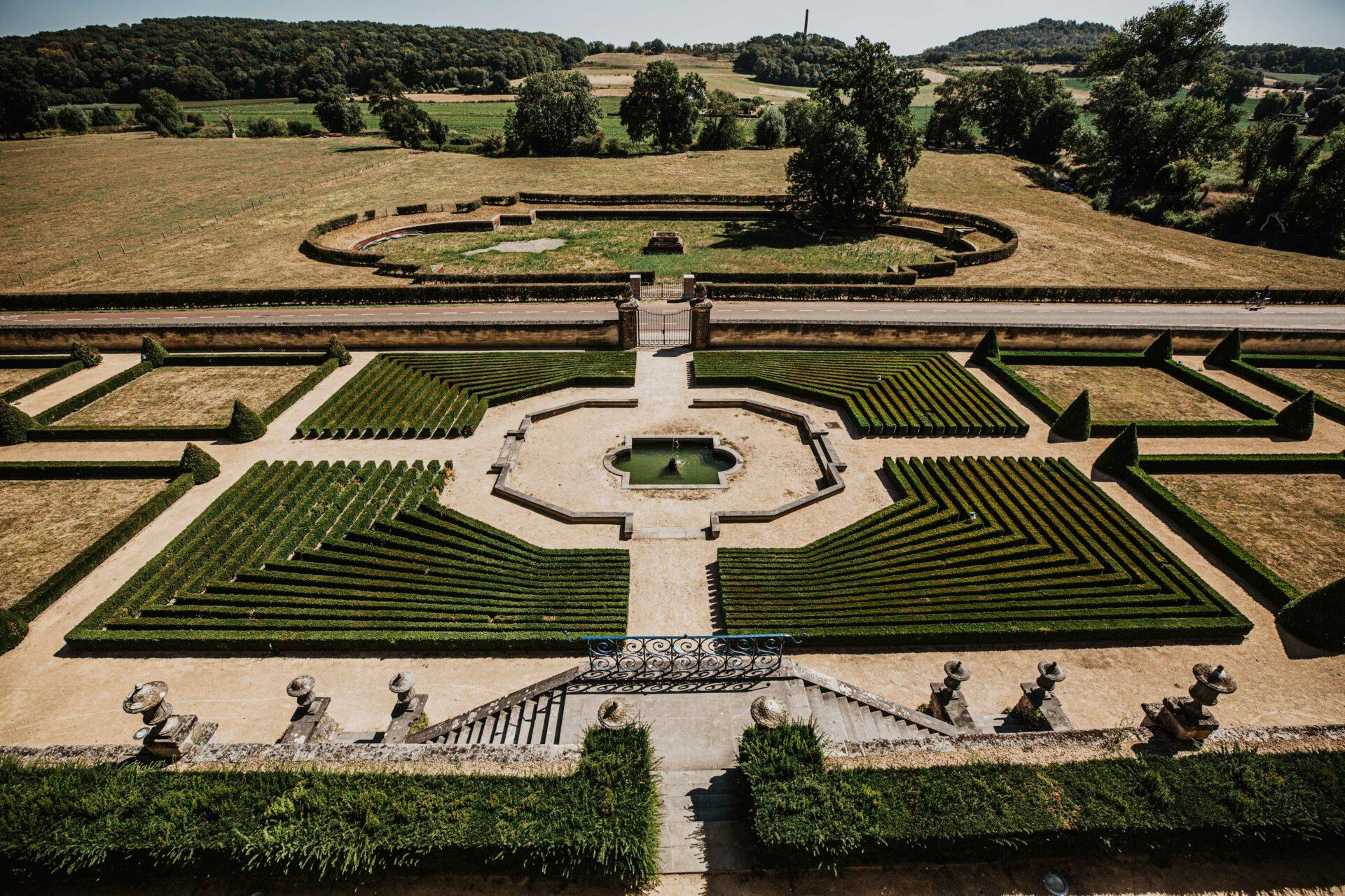 Trouwen bij Chateau Neercanne in Limburg