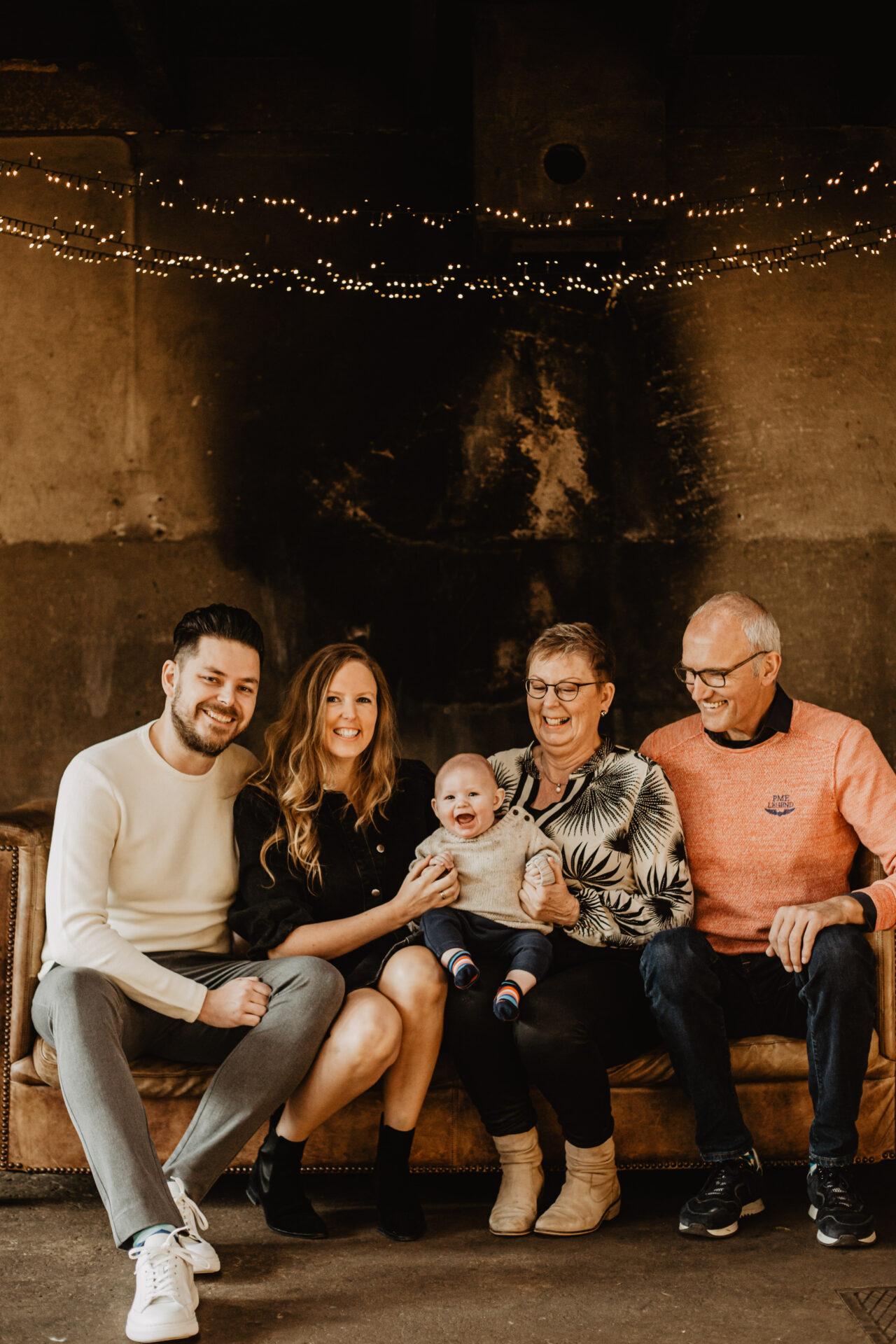 Familie fotoshoot binnenlocatie