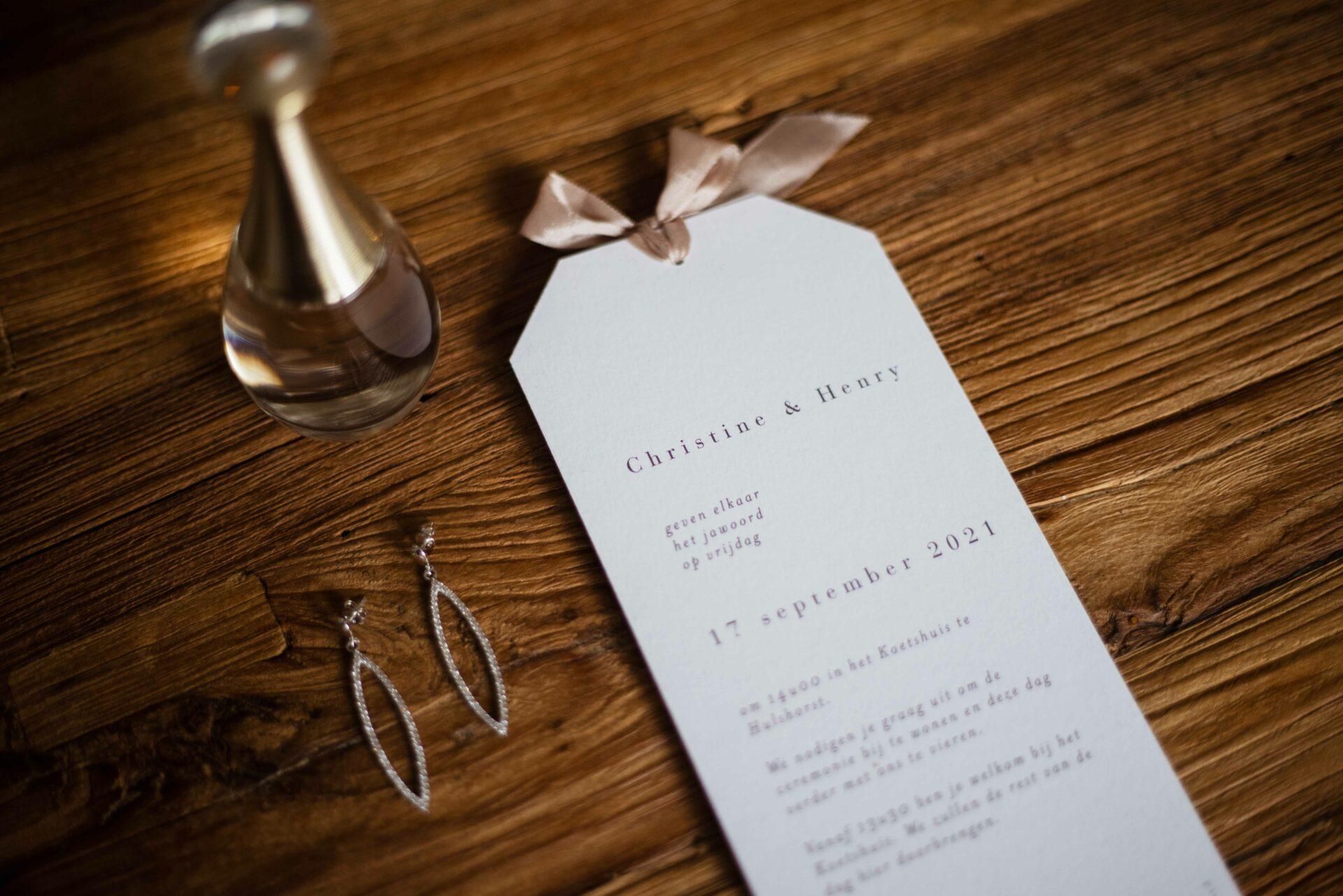 Uitnodiging Bruiloft met lint