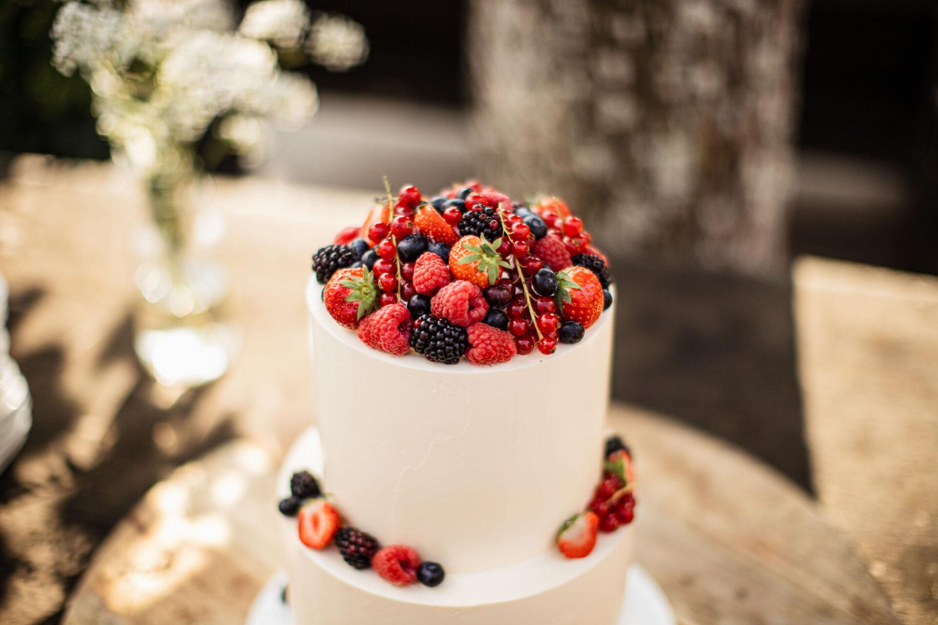 Bruidstaart met fruit