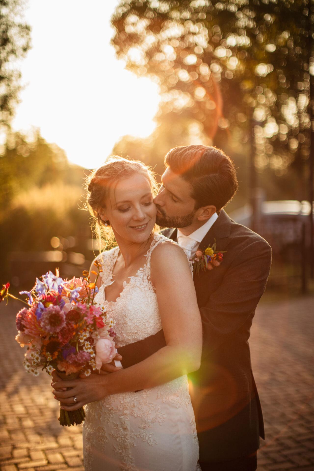 Goldenhour bruidsfotograaf Utrecht